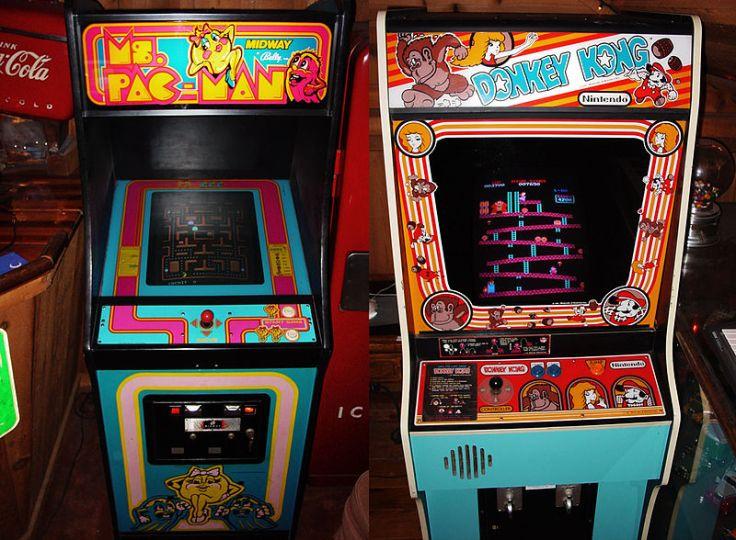 800px-Ms._Pac-Man_&_Donkey_Kong_-_arcade_cabinets